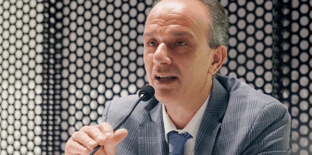 Pandemia, Parolo: «stop a cambiamenti regime regolatorio»