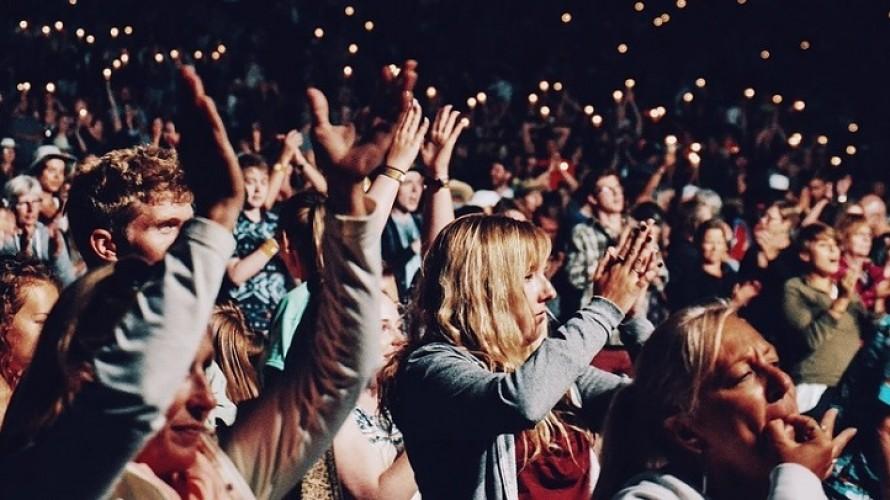 Gli italiani sono desiderosi di riapplaudire gli spettacoli dal vivo