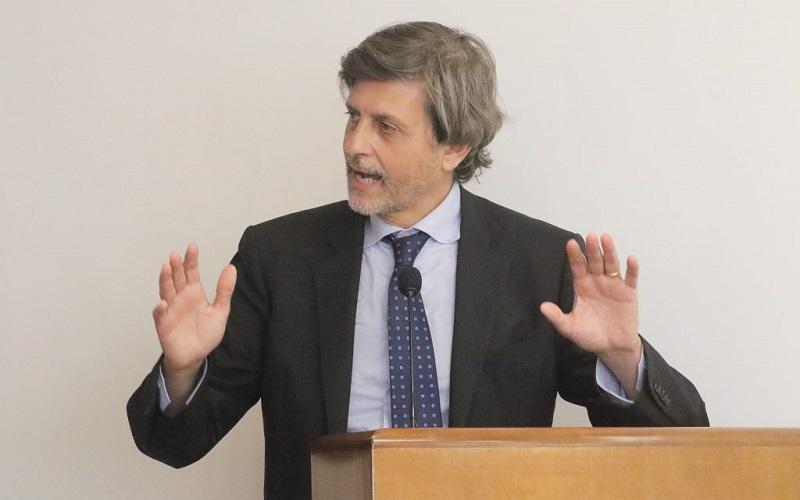 Vittorio Messina (presidente Assoturismo Confesercenti): «Non possiamo permetterci frenate, dobbiamo imparare a convivere con il virus»