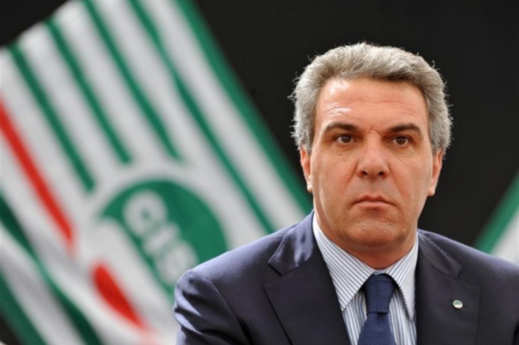 Sbarra (Cisl): «L'Italia si cura con il lavoro»
