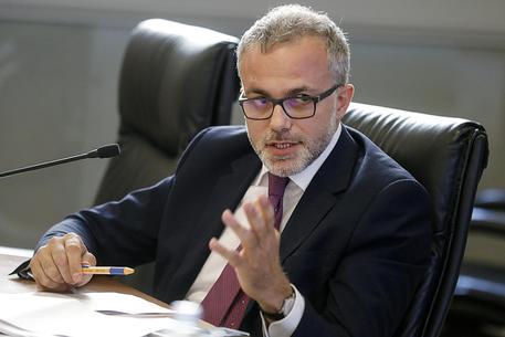 Ernesto Maria Ruffini (Direttore Agenzia delle Entrate): «Erogati circa 9 miliardi di euro per partite Iva. Indipendentemente dalla patrimoniale, urge redistribuzione carico fiscale tra diverse fasce di reddito»