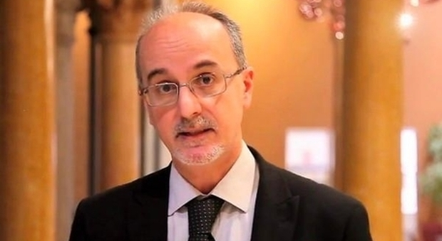 Pier Luigi Lopalco (epidemiologo): «Quarantena per arrivi extra Ue è giusta»