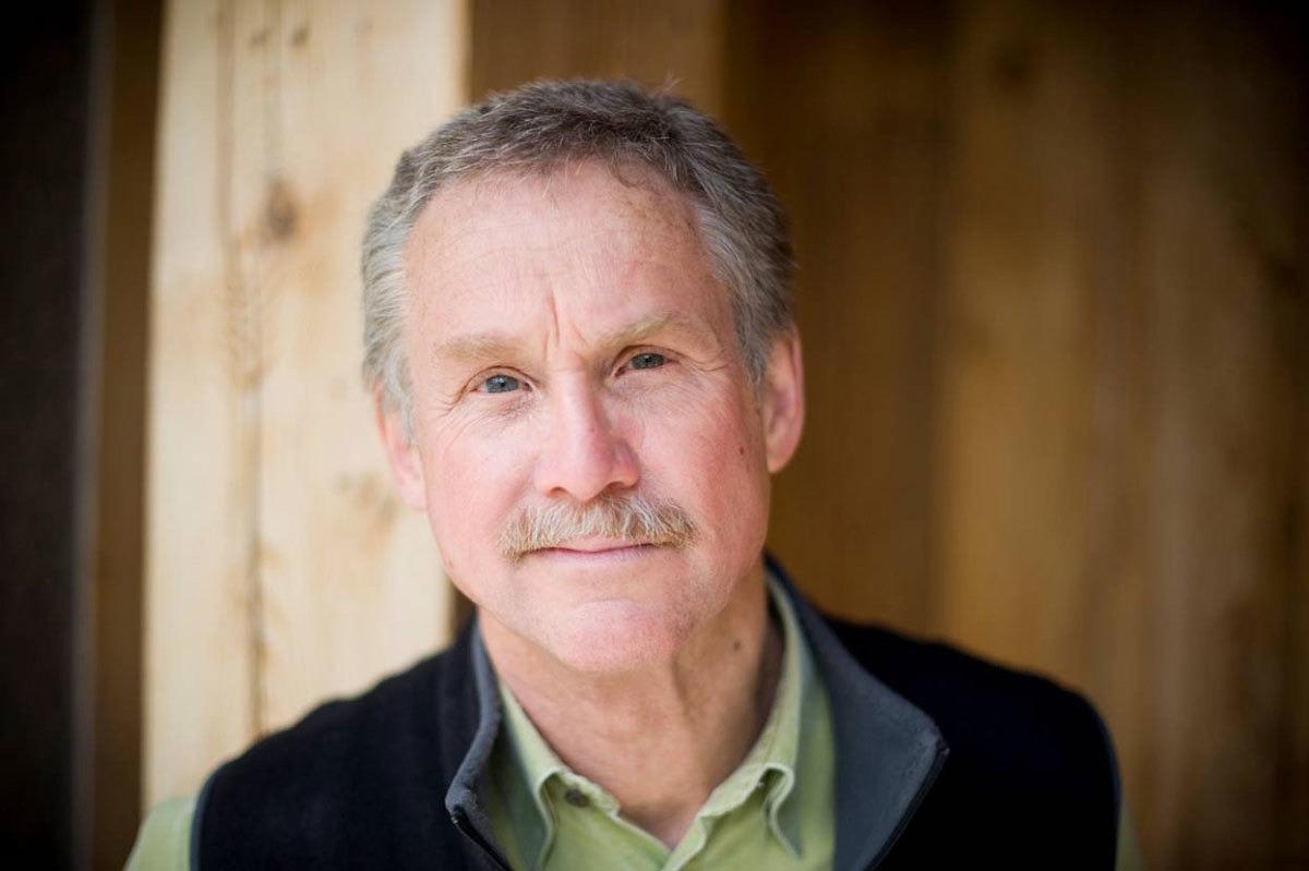 Lo studioso David Quammen: «Pandemia effetto dell'azione dell'uomo»