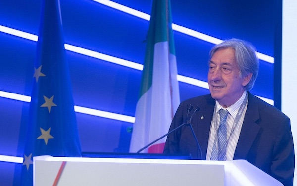 Innocenzo Cipolletta (ex presidente Fs): «Spero nella ripresa di una sana competizione tra Alitalia e Ferrovie»