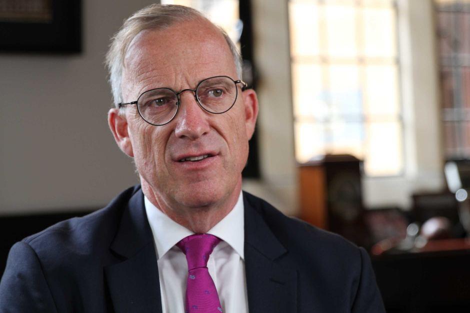 Michael Spence (Nobel economia): «La ripresa? Bisogna far sentire la gente al sicuro»