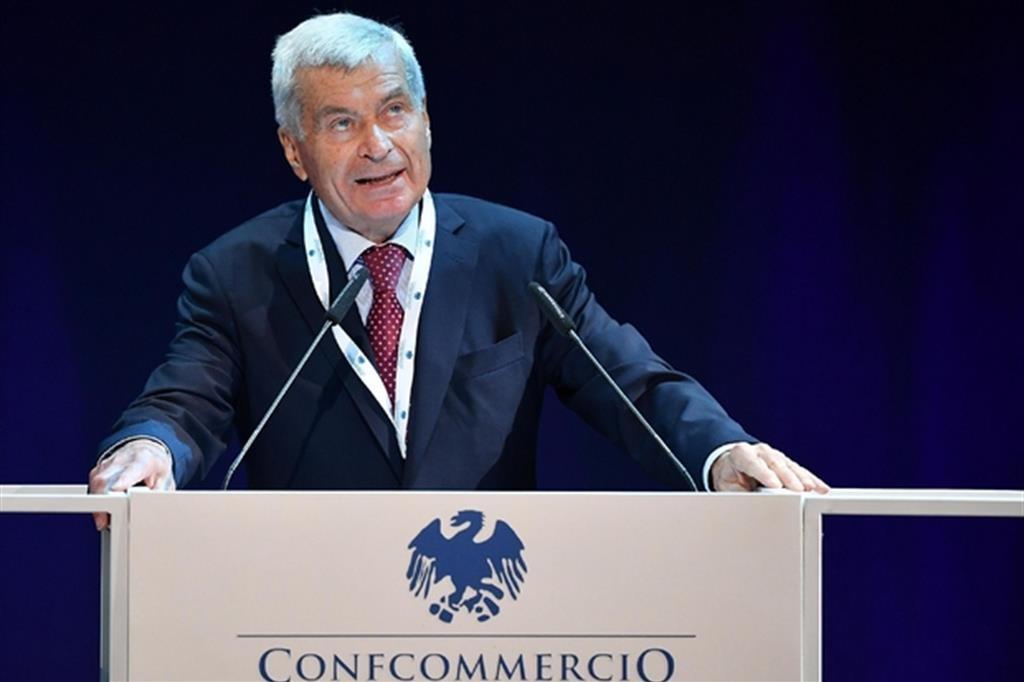 Carlo Sangalli (Presidente di Confcommercio): «Sarà un Natale difficile. Necessario e urgente il confronto tra governo e parti sociali»