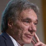 Michele Ainis ( epubblica): «Green pass: giusto lasciare fuori scuola, trasporti e lavoro»