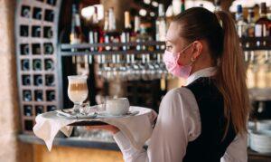 Fipe: autunno caldo per ristoranti e bar, ad agosto 300 mila dipendenti in meno