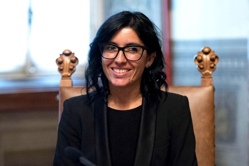 Fabiana Dadone (ministro P.A): «Rientri scaglionati e con turnazioni negli uffici pubblici»