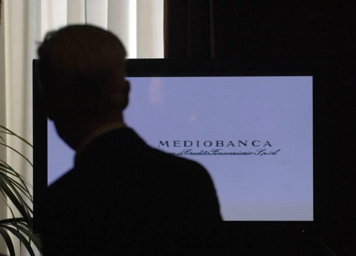 Mediobanca torna in cabina di regia per le operazioni di sistema in Italia