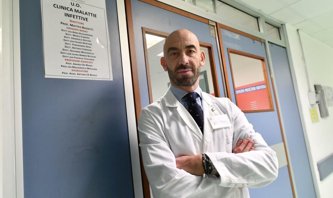 Bassetti: «Acquistare vaccini approvati in Ue da altri canali»