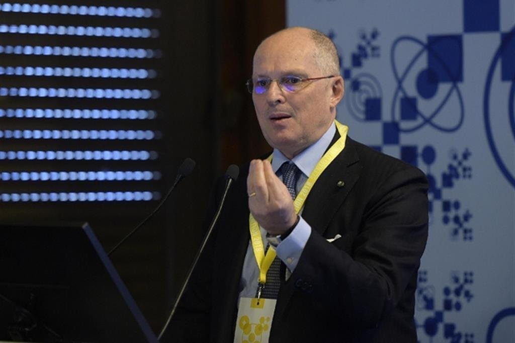 Covid, Ricciardi (board Oms): «Sui contagi siamo al limite, non si può più sgarrare»