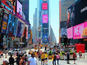 Crisi, New York: settore immobiliare in difficoltà e crollo dello shopping
