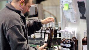 Pernod Ricard, svalutazione da 1 miliardo per il calo delle vendite di Vodka