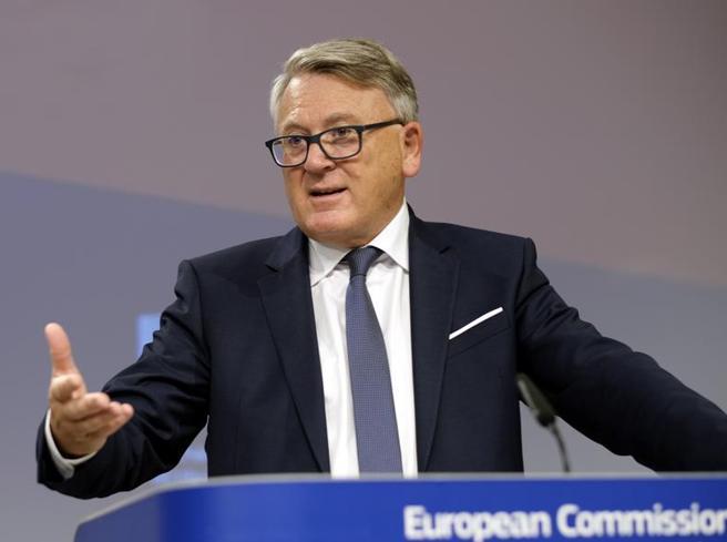Nicolas Schmit (commissario Ue Lavoro): «Blocco dei licenziamenti: strumento di crisi, ora pensiamo alla ripresa»