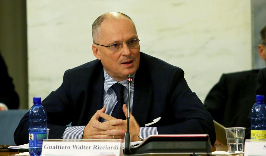 Walter Ricciardi (consulente Salute): «Obbligo green pass: così torneremo alla normalità»