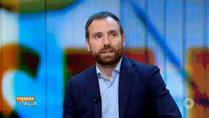 Stefano Cappellini (Repubblica): «Ascoltiamo Mattarella: chi non si vaccina attenta alla libertà degli altri»