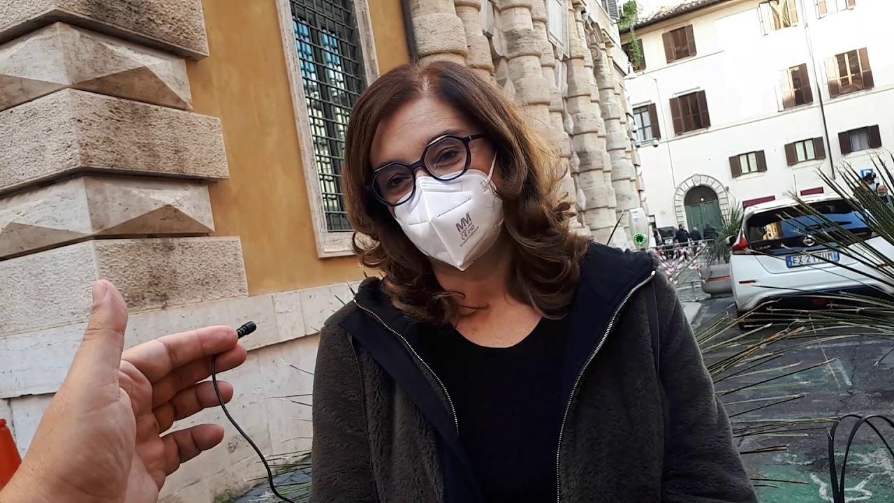 Annamaria Parente (presidente commissione Igiene e sanità Senato): «Resistenza antimicrobica: investire su ricerca e sensibilizzazione»