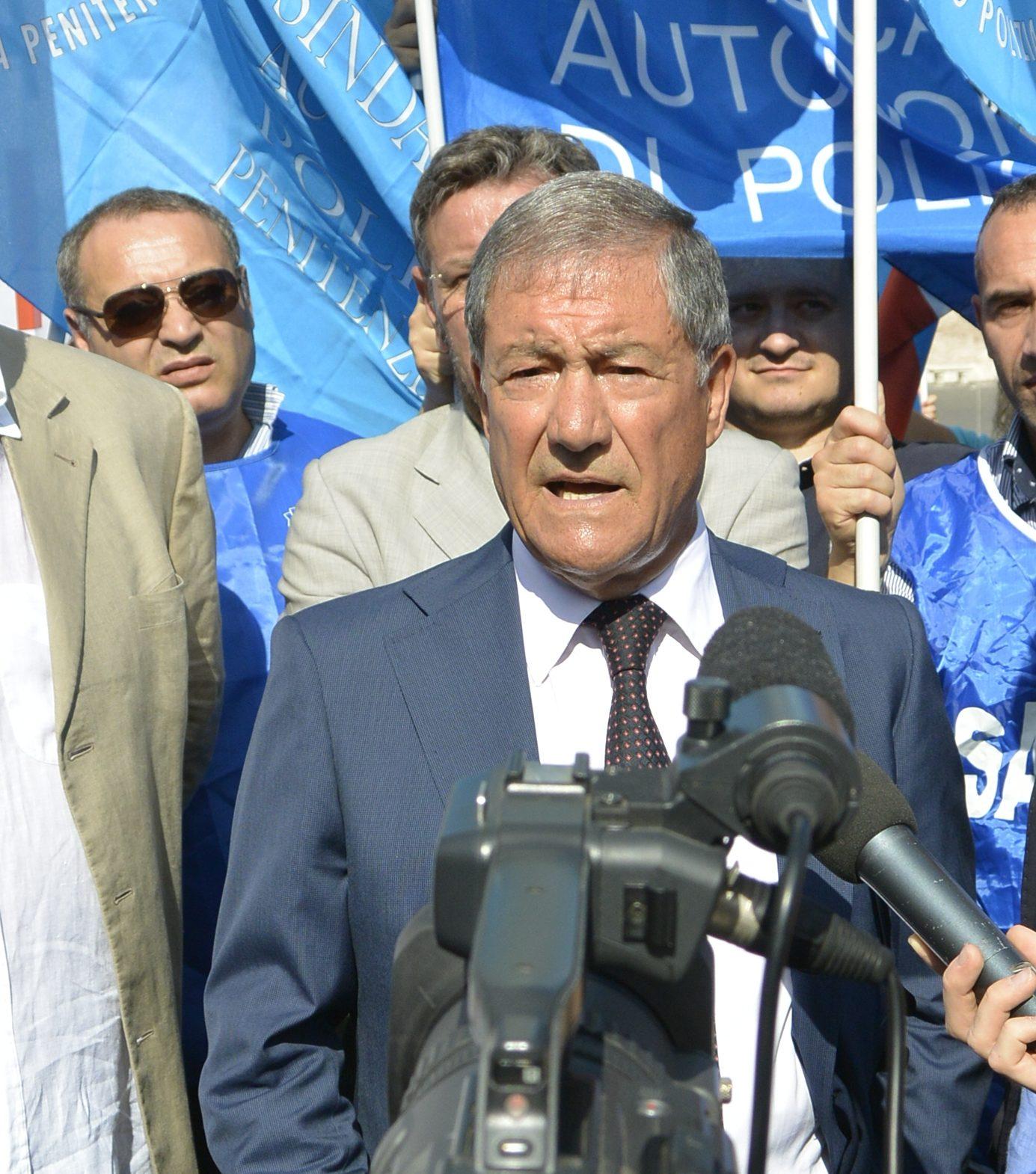 Penitenziari, Capece: «Servono riforme»