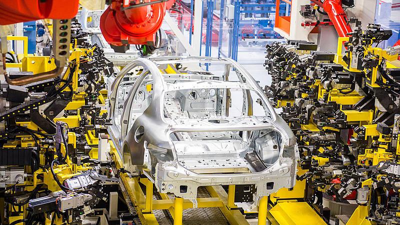 Centro studi Promotor: la ripresa nel 2021 per l'auto è decisamente più lenta