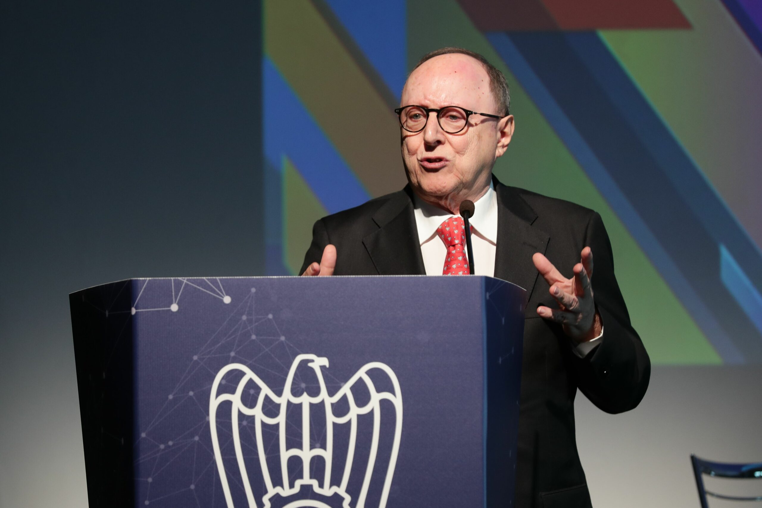 Avenia: «Il Pnrr manca di una visione strategica»