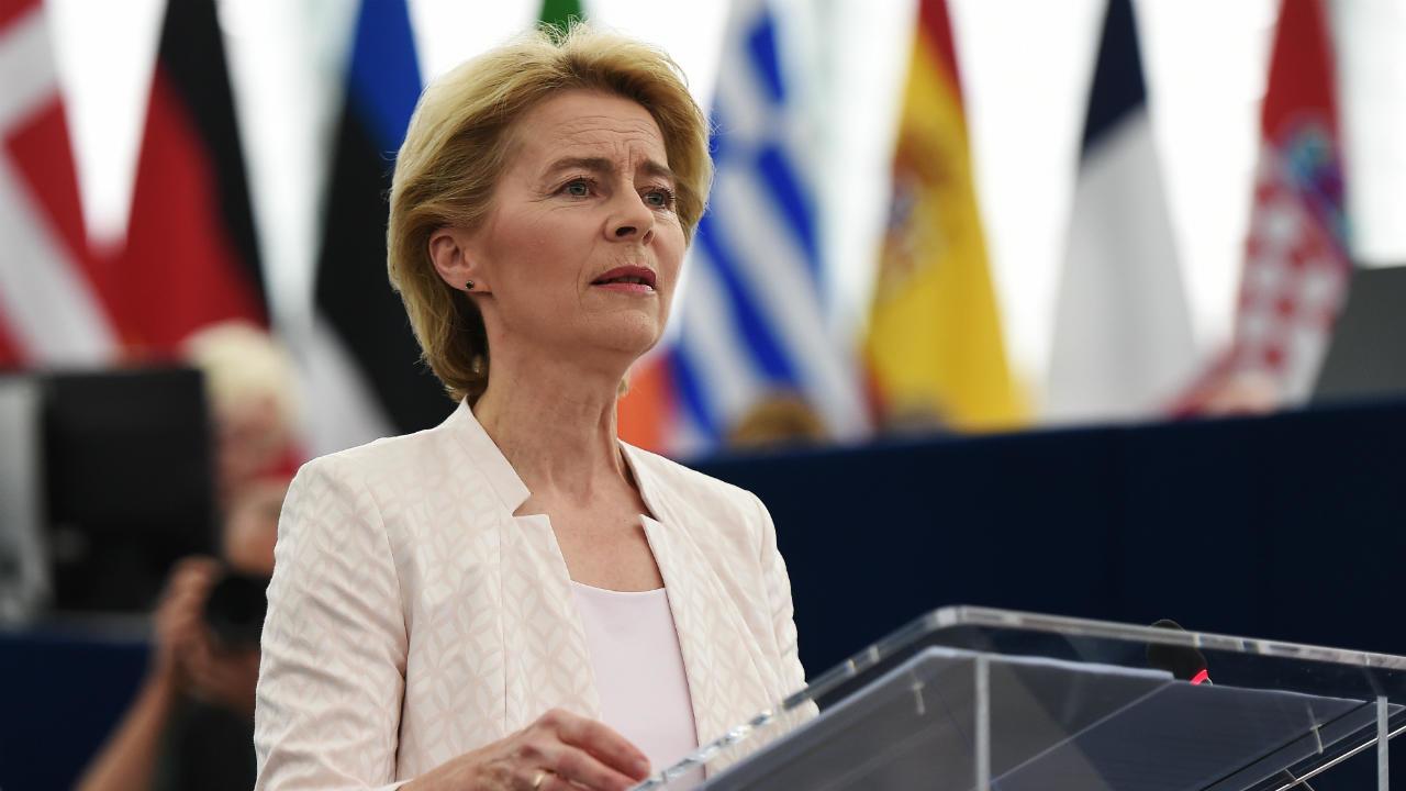 Ursula von der Leyen (presidente Commissione europea): «Team Europe: per sostenere la produzione di medicinali e vaccini in Africa»