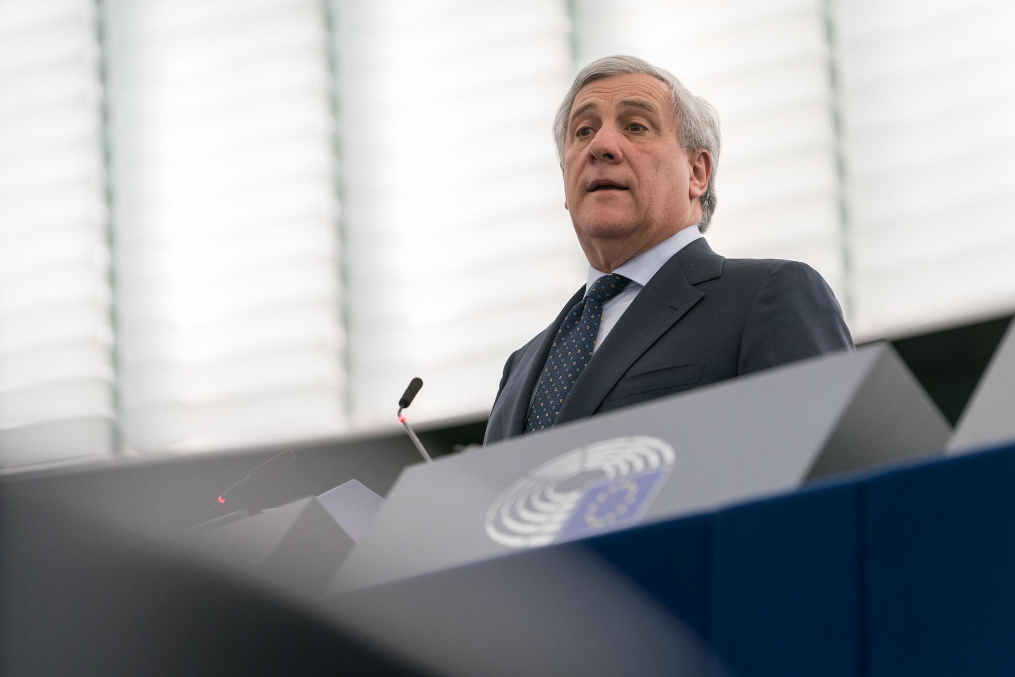 Tajani: «Regioni in zona gialla non sono merito di Salvini»