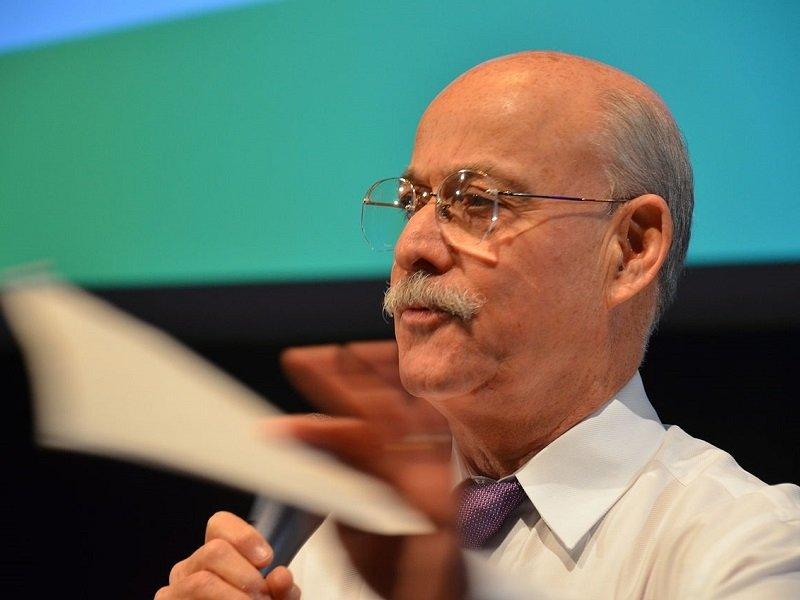 Rifkin: «Ormai è il mercato a spingere verso la transizione»