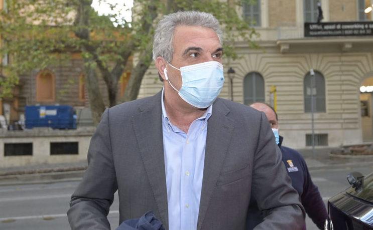 Luigi Sbarra (segretario Cisl): «Vaccini obbligatori per tutti, non solo per alcuni lavoratori»