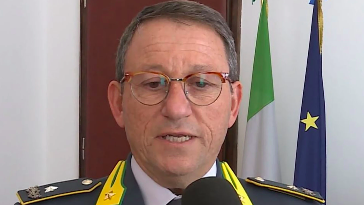 Piero Iovino (comandante regionale Guardia di Finanza): «Intensificare la lotta ai tentativi di inquinamento dell'economia legale, tutelando le imprese »