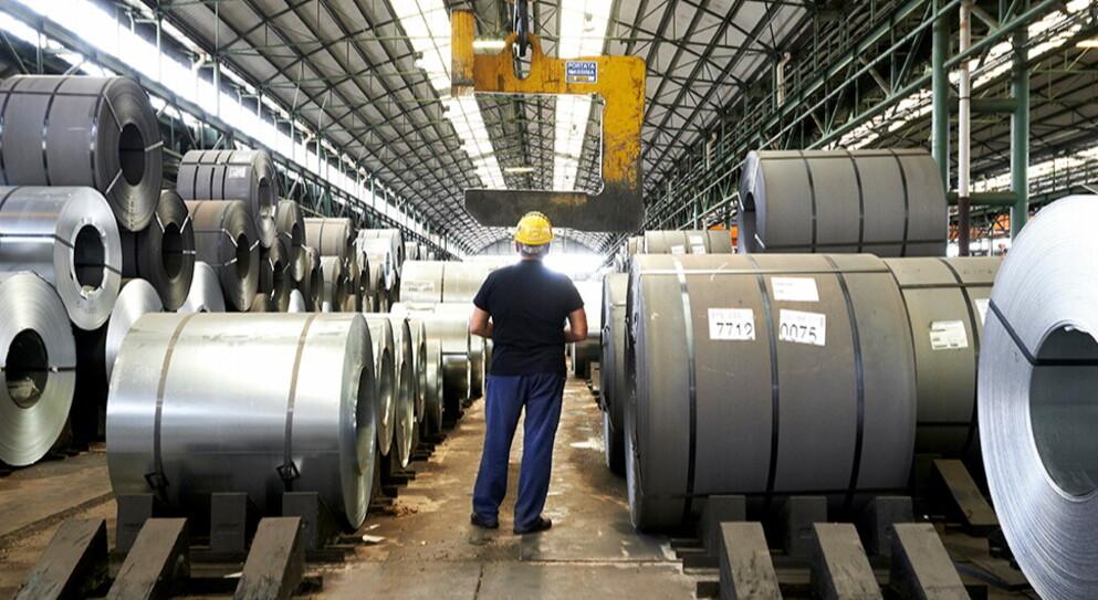 Cina e acciaio: carenza di materiale e aumento dei prezzi