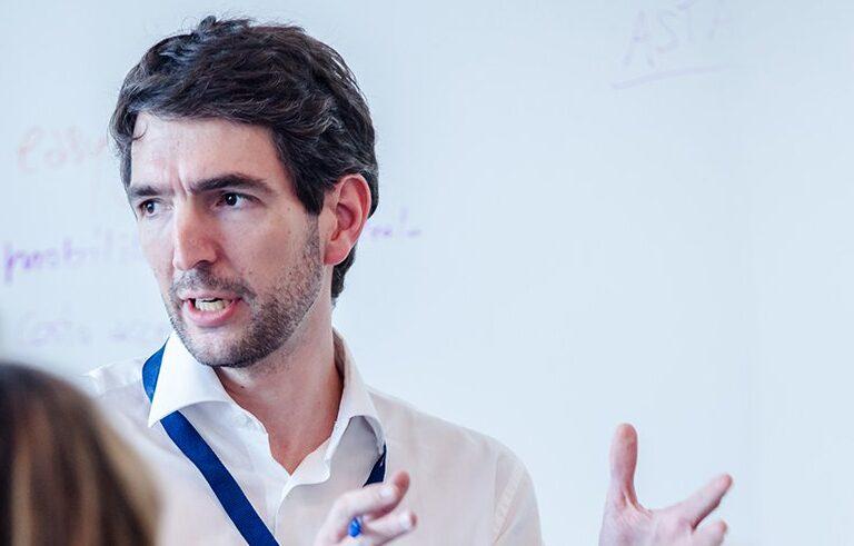 Cosma Panzacchi (vicepresidente Snam): «Pnrr: opportunità per investire in energie pulite come l'idrogeno verde»