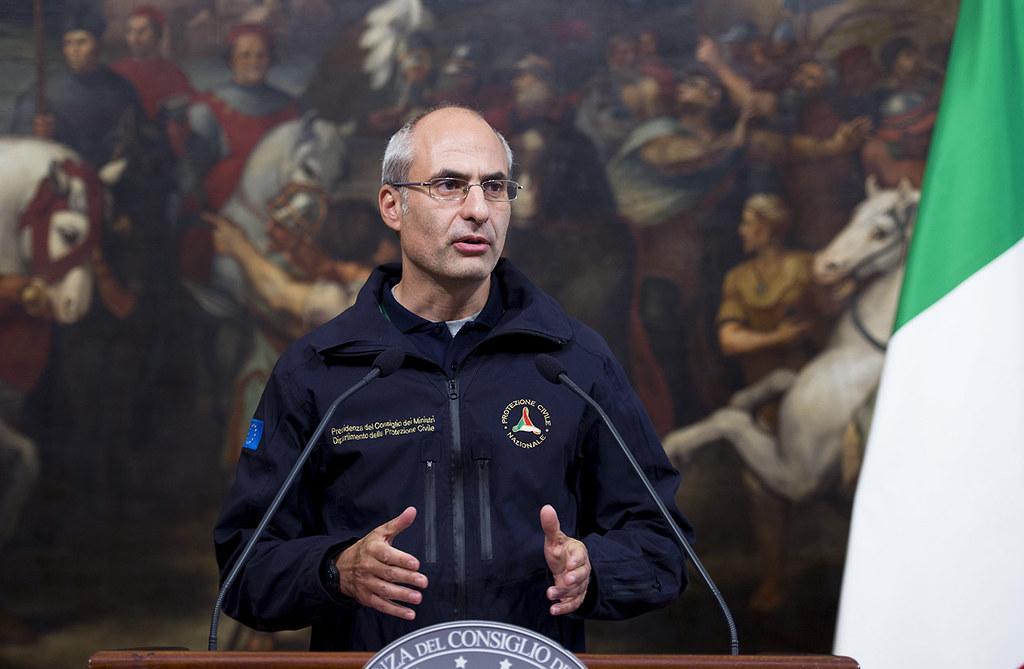 Fabrizio Curcio (capo Protezione civile): «Incendi: usciremo dall'emergenza, ma ognuno dovrà fare la sua parte»