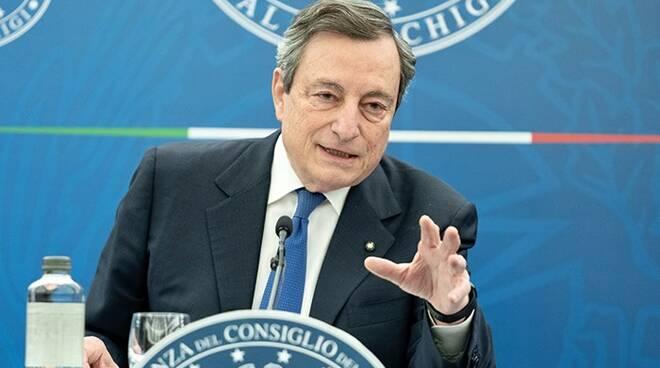 Mario Draghi (premier): «Nei primi sei mesi di attività il governo ha lavorato bene»