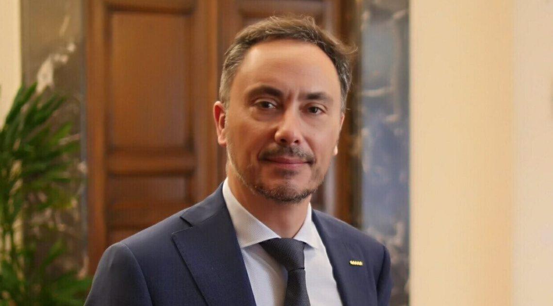 Iunio Valerio Romano (senatore M5S): «Le condizioni di lavoro in Italia destano preoccupazioni»