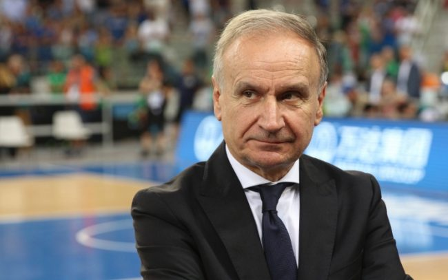 Gianni Petrucci (presidente Federazione italiana pallacanestro): «50% della campienza per lo sport al chiuso»