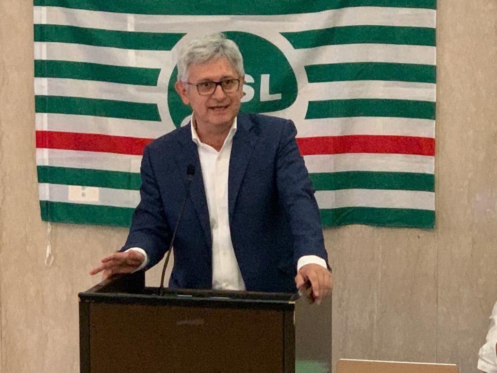 Angelo Colombini (segretario confederale Cisl): «No al green pass obbligatorio, serve dialogo con le parti sociali»