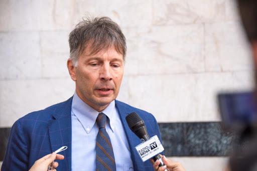 Luigi De Mossi (sindaco Siena):«No a svendite e macelleria sociale, Draghi intervenga»