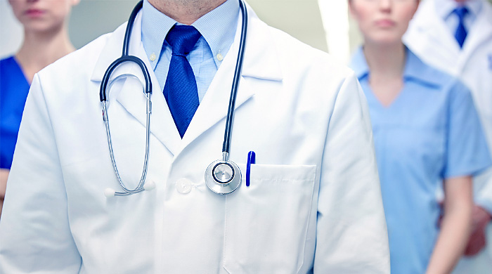 Fnomceo: dei 1.500 medici non vaccinati 2 su 3 sono ancora in servizio