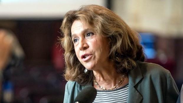 Andrée Ruth Shammah (regista): «Teatri e cinema hanno bisogno di riaprire»